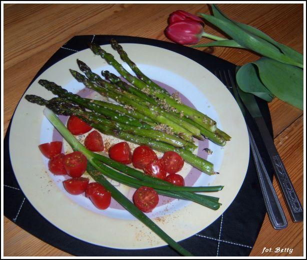 zapiekane zielone szparagi z sezamem2
