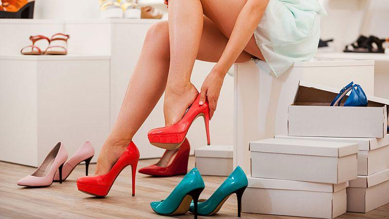 dlaczego-kobiety-kochaja-buty